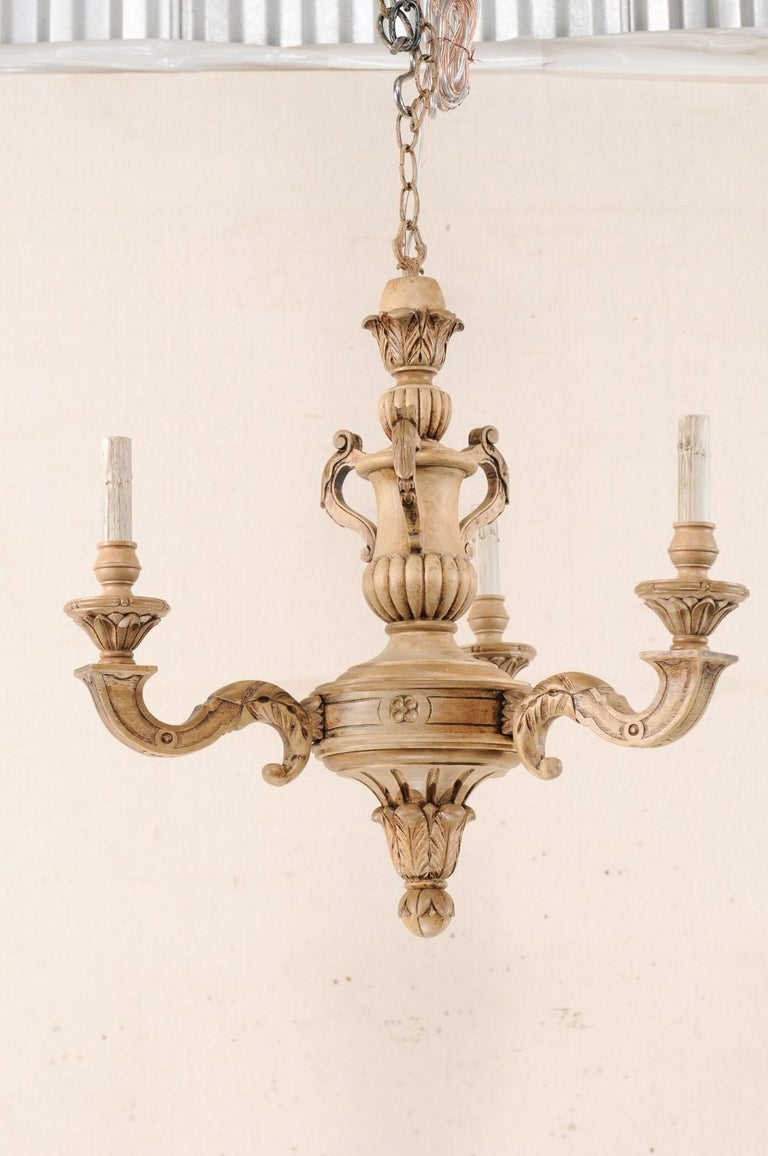 French 3-Light Carved Natural Wood Chandelier In Good Condition For Sale In Atlanta, GA