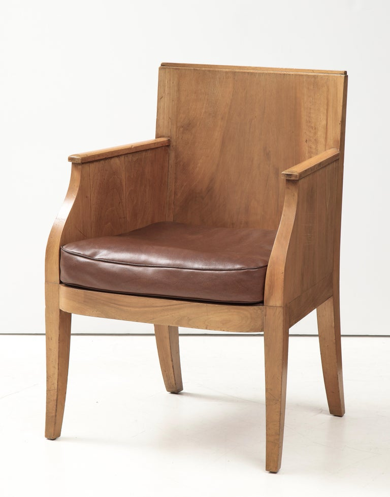 French 40's Oak Chair with Original Brown Leather Seat, France, c. 1940 For Sale 9