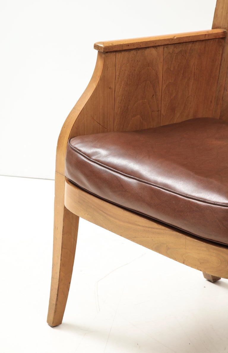 Mid-Century Modern French 40's Oak Chair with Original Brown Leather Seat, France, c. 1940 For Sale