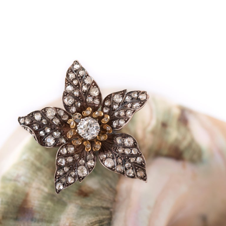 French Antique 19th Century Diamond Silver Gold Flower Pendant For Sale 2
