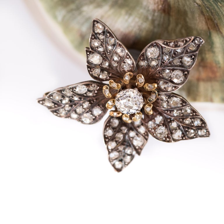 French Antique 19th Century Diamond Silver Gold Flower Pendant For Sale 4
