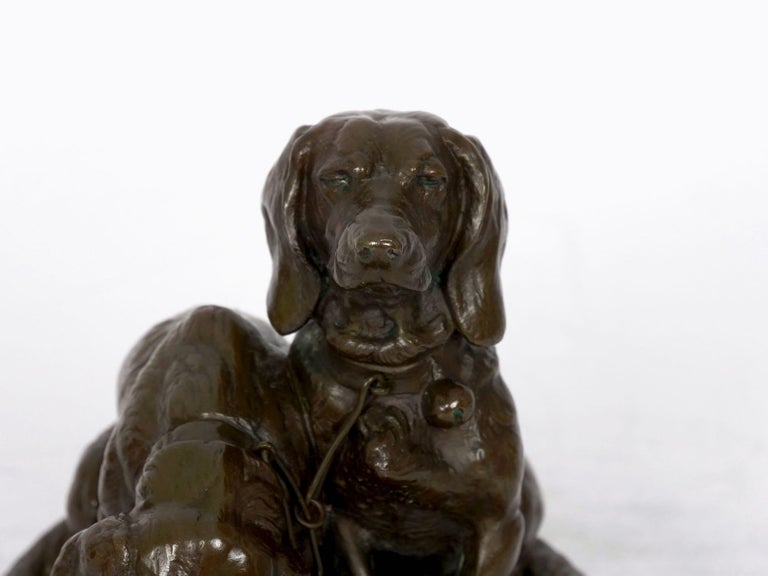 French Antique Bronze Sculpture of Basset Hounds by E. Fremiet & Barbedienne In Good Condition For Sale In Shippensburg, PA