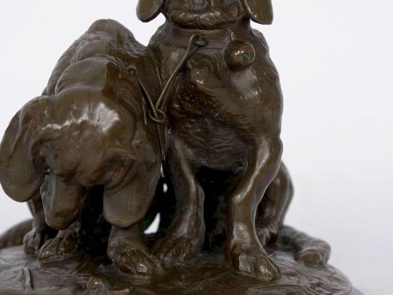 19th Century French Antique Bronze Sculpture of Basset Hounds by E. Fremiet & Barbedienne For Sale