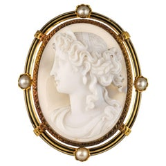 French Antique Fine Pearls and Agate Cameo Brooch