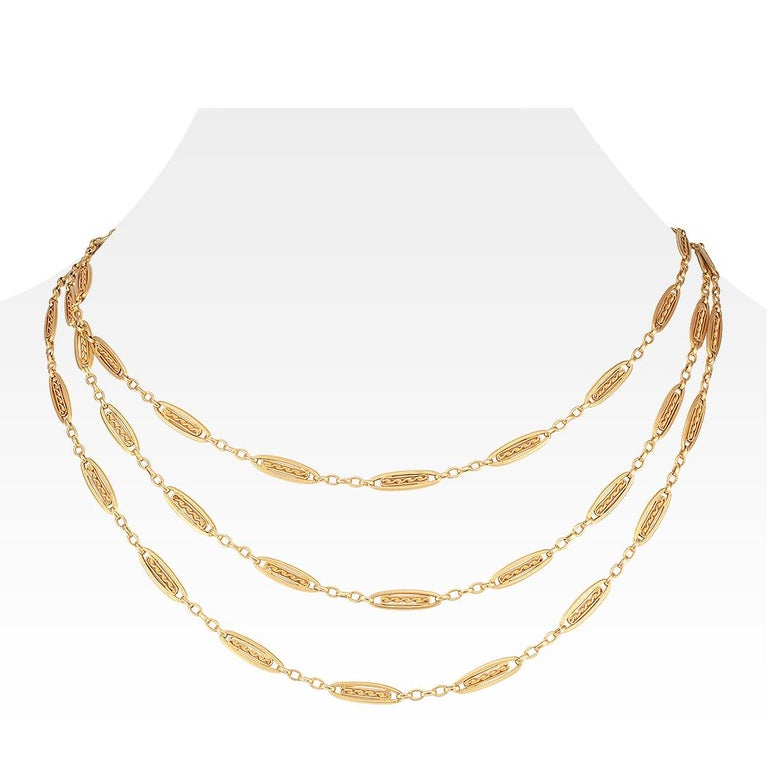 French Antique Long Gold Chain Necklace In Good Condition For Sale In Los Angeles, CA