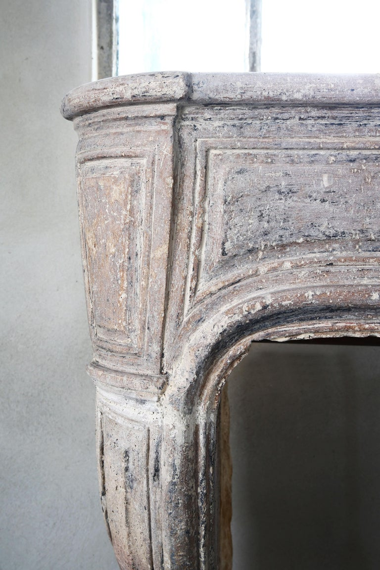 French Antique Mantelpiece of Limestone, 19th Century, Louis XIV For Sale 4