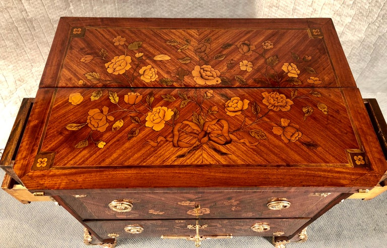 French Antique Transformation Chest of Drawers, circa 1800 For Sale 3