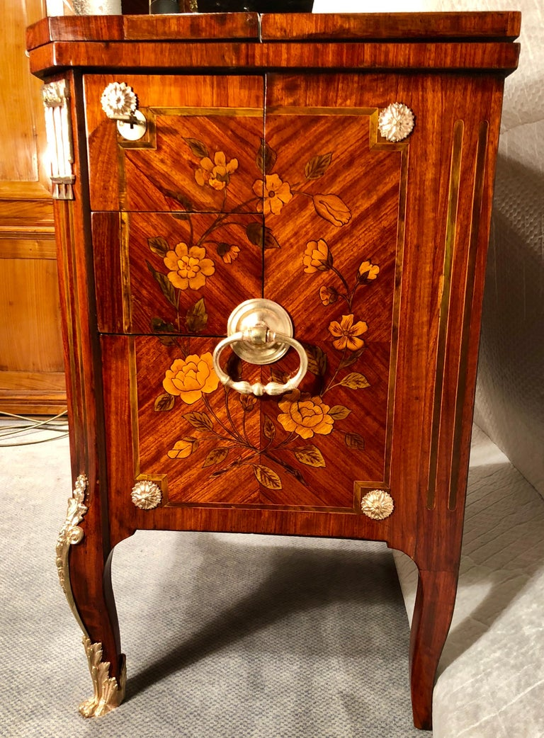 French Antique Transformation Chest of Drawers, circa 1800 For Sale 7