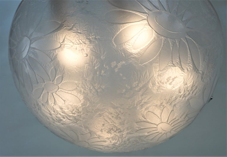 French Art Deco Acid Cut Glass Chandelier by Noverdy In Good Condition For Sale In Fairfax, VA