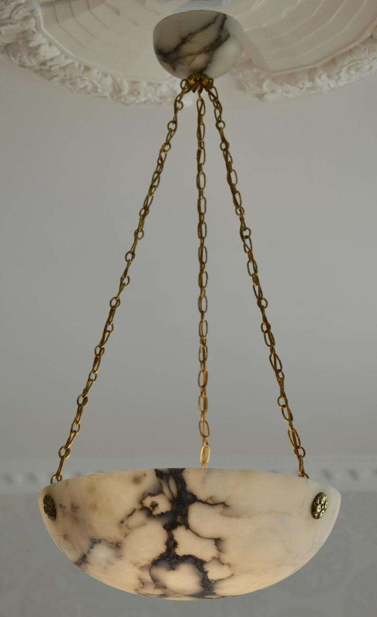 French Art Deco Alabaster Pendant Chandelier, 1920s For Sale 2