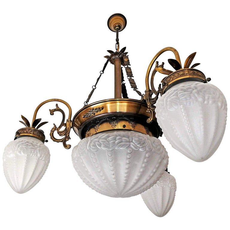 French Art Deco and Art Nouveau Brass and Frosted Glass Degué Style Chandelier For Sale