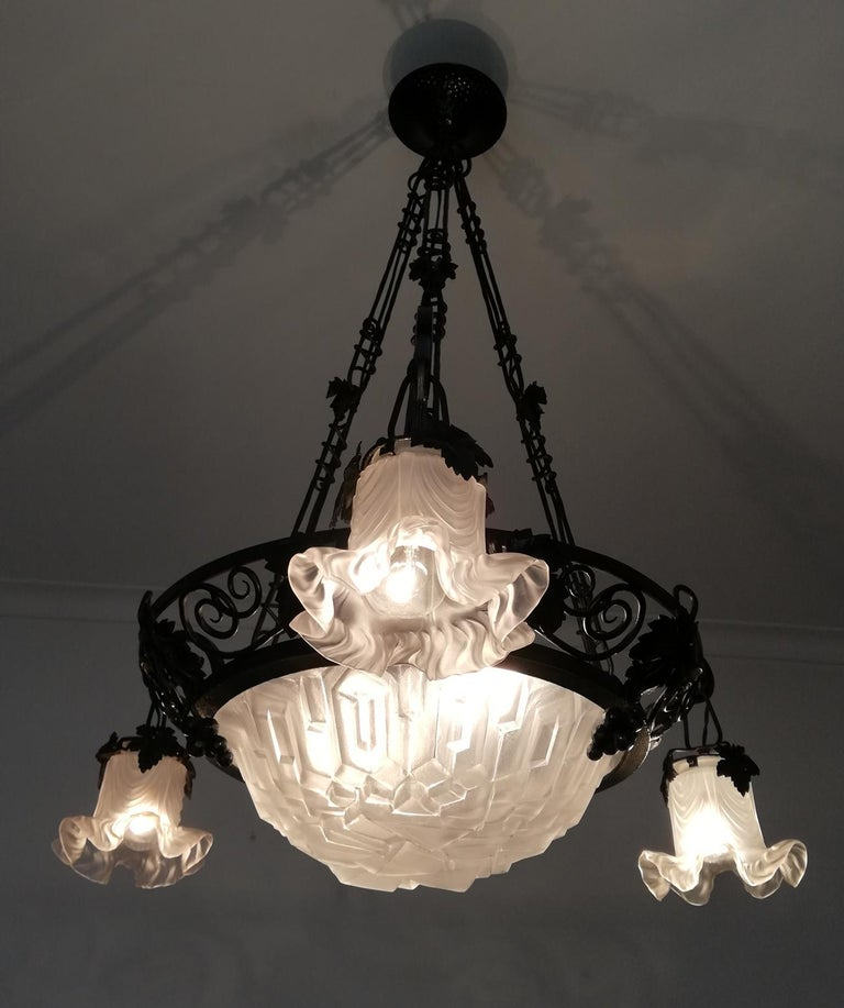 French Art Deco Art Nouveau Forged Iron Chandelier or Pendant Signed Degue 1930 In Good Condition For Sale In Coimbra, PT
