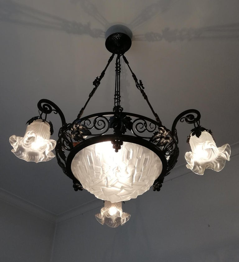 20th Century French Art Deco Art Nouveau Forged Iron Chandelier or Pendant Signed Degue 1930 For Sale