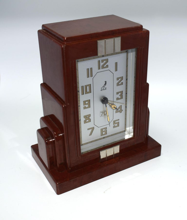 French Art Deco Bakelite Clock by JAZ For Sale 1