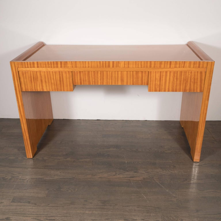 French Art Deco Bookmatched Satinwood Desk with Silvered Pulls by Jean Royère For Sale 2