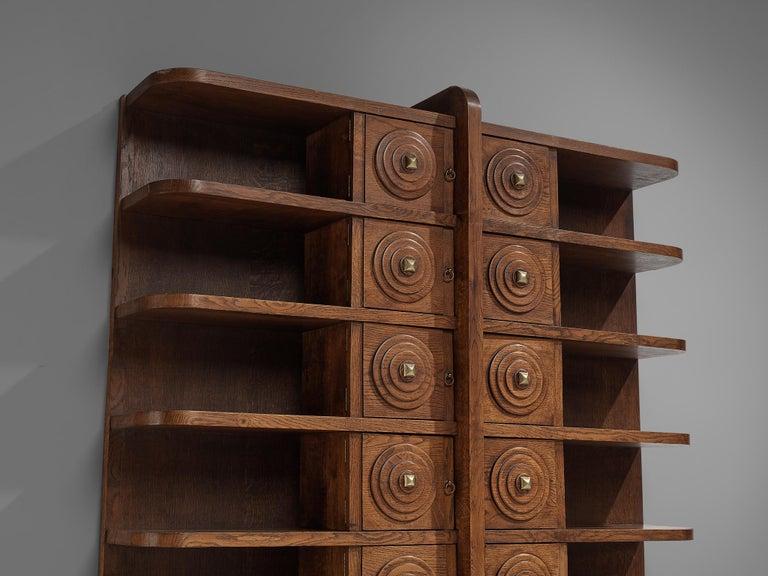 French Art Deco Bookcase in Oak For Sale 1