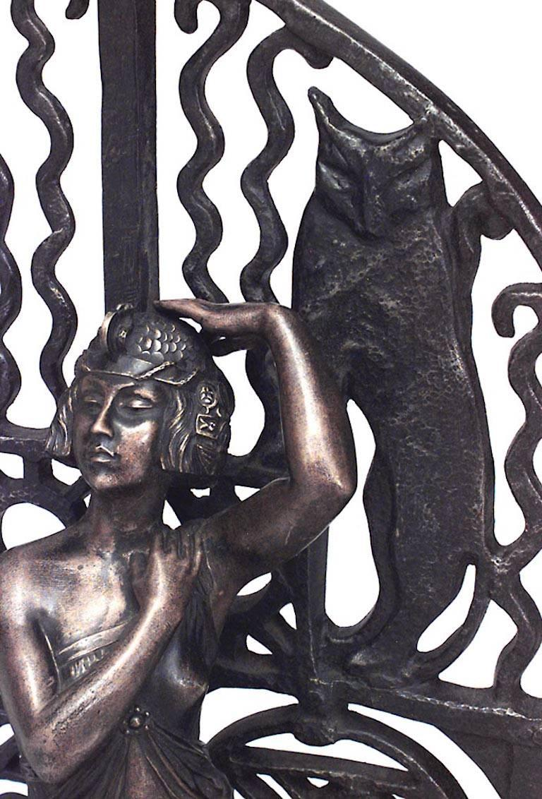 French Art Deco bronze figure of dancing lady