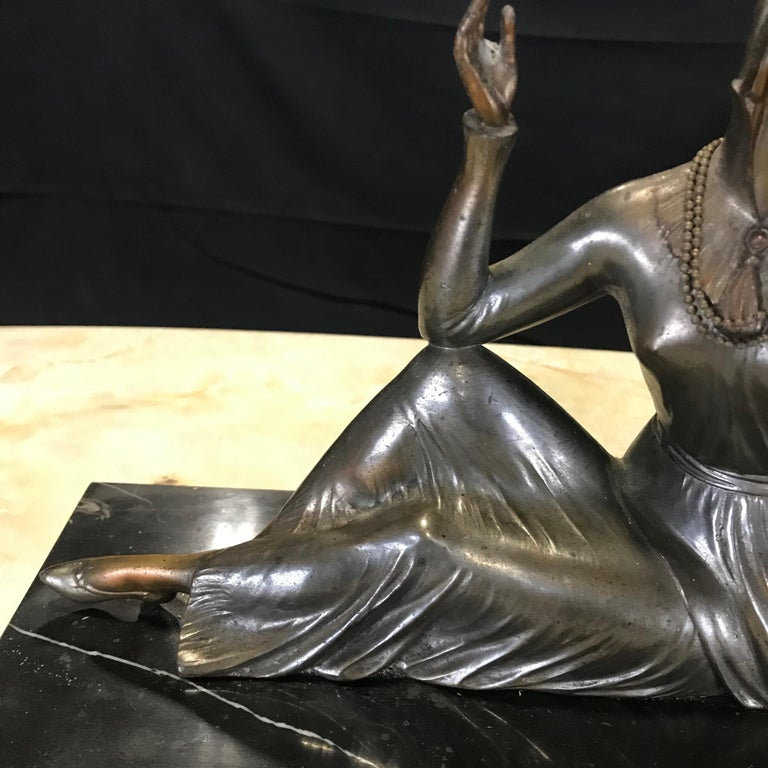 French Art Deco Bronze Spelter Sculpture of Lady with Her Mirror For Sale 3