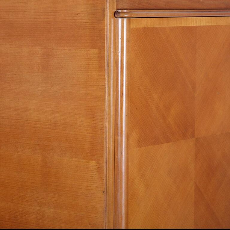 French Art Deco Cabinet For Sale 2