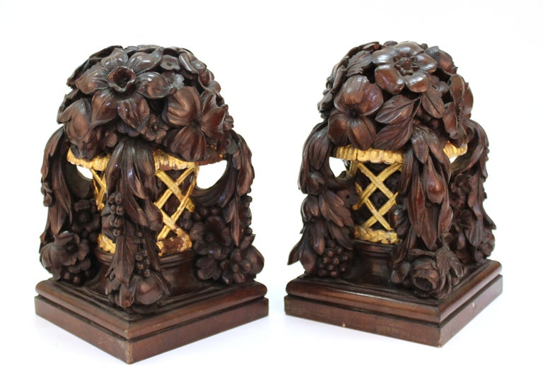 Hand-Carved French Art Deco Carved Wood Decorative Floral Baskets Attributed to Sue Et Mare For Sale