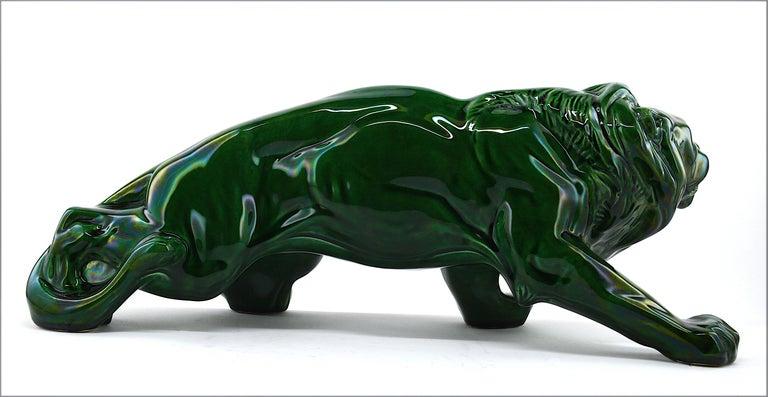 French Art Deco Ceramic Lion Sculpture, 1930s In Good Condition For Sale In Saint-Amans-des-Cots, FR