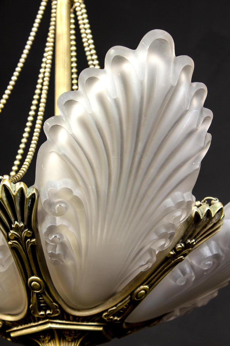 French Art Deco Chandelier, 1930 For Sale 7