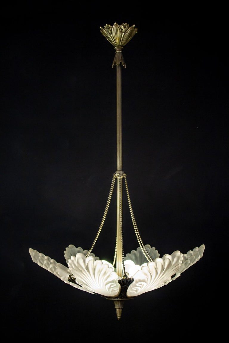 Art Glass French Art Deco Chandelier, 1930 For Sale
