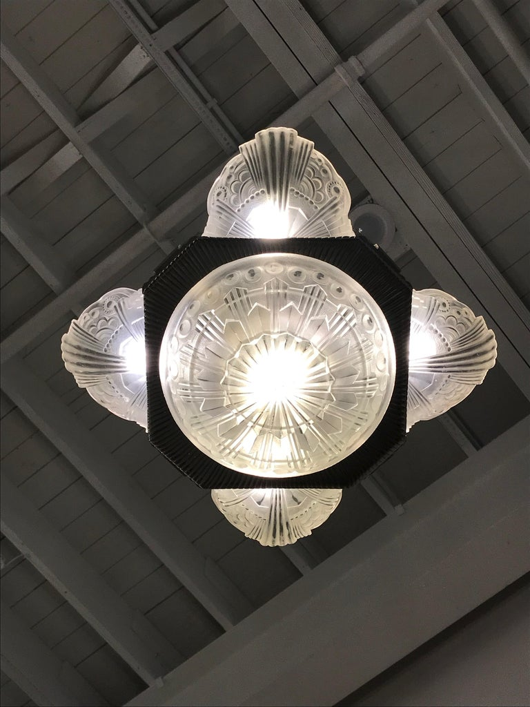 French Art Deco Chandelier by Georges Leleu For Sale 12