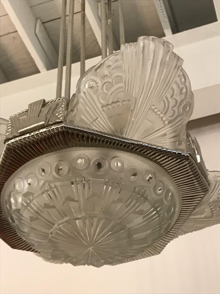 French Art Deco Chandelier by Georges Leleu For Sale 2