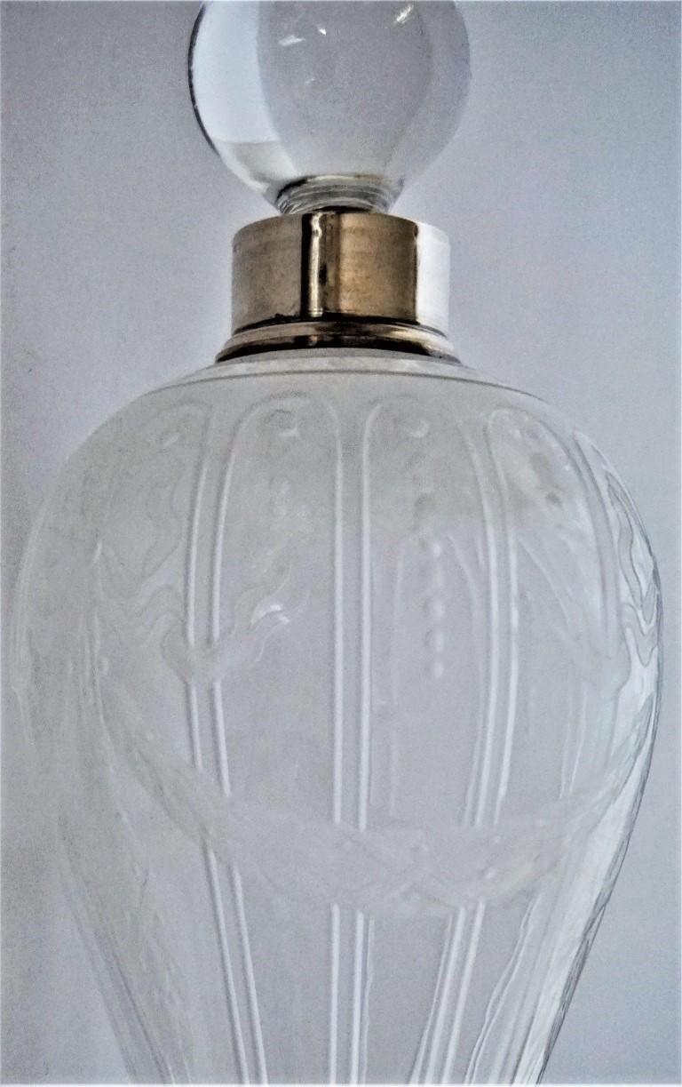 French Art Deco Crystal High Releaf Engraved Perfume Bottle, Sterling Silver For Sale 5