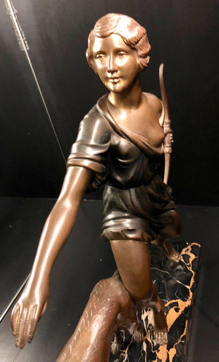 Mid-20th Century French Art Deco Diana Greyhound Bronze by Ignacio Gallo Sculpture For Sale