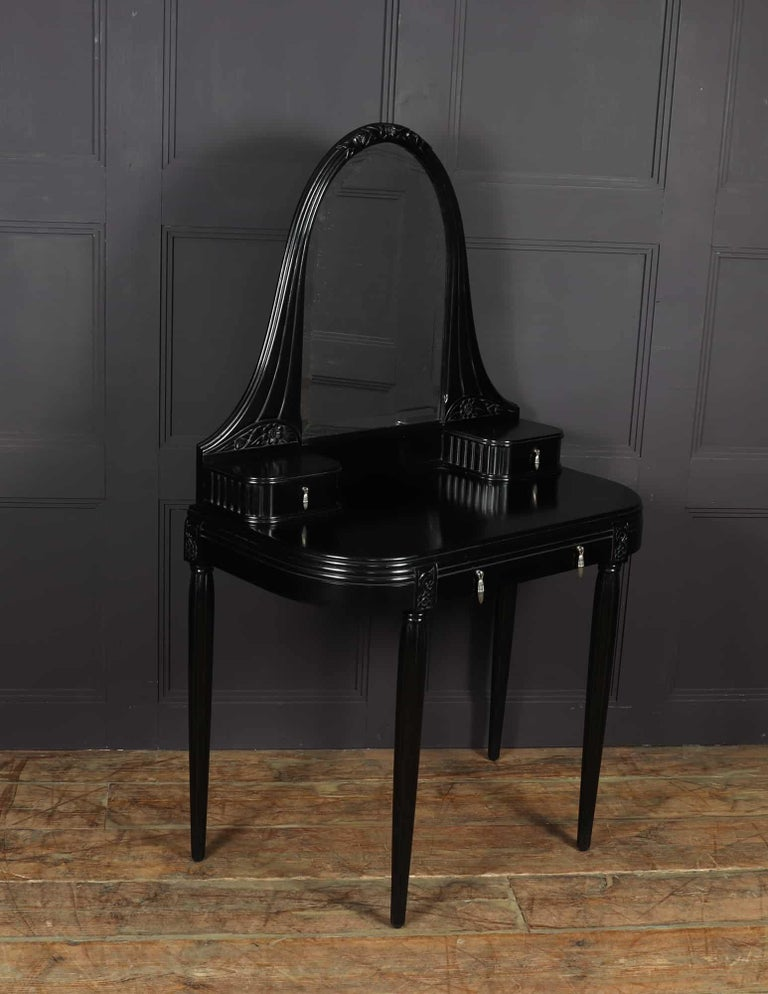 French Art Deco Dressing Table, c1925 For Sale 1