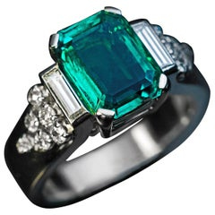 French Art Deco Emerald Diamond Platinum Engagement Ring