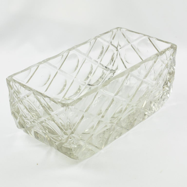 Mid-20th Century French Art Deco Etched Crystal Centerpiece Bowl Vase Planter For Sale