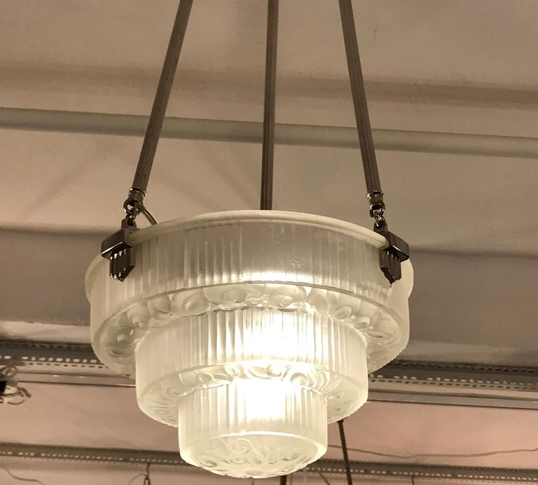 French Art Deco Floral Chandelier For Sale 3