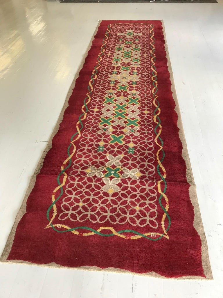 French Art Deco Floral Red, Yellow, Taupe, Green Handmade Wool Runner In Good Condition For Sale In New York, NY