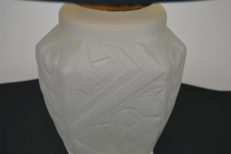 20th Century French Art Deco Frosted Moulded Pressed Table Lamp Base in the Style of Degué For Sale