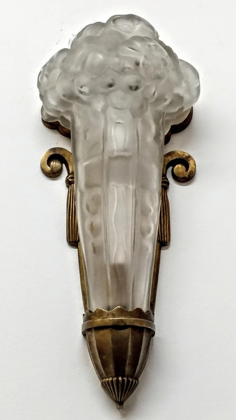 A French Art Deco wall sconce by French artist