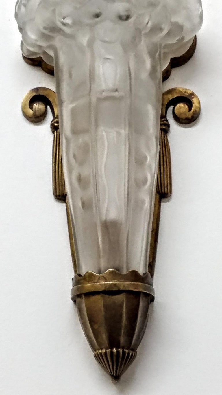 French Art Deco Genet et Michon Wall Sconce In Excellent Condition For Sale In Bronx, NY