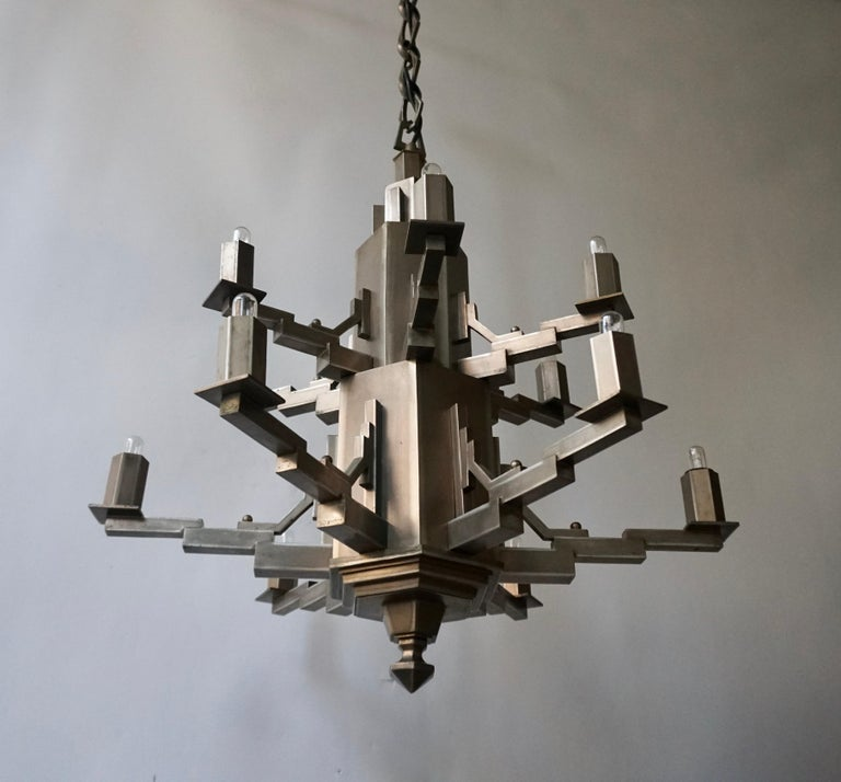 French Art Deco Geometric Tiered Steel Chandelier In Good Condition For Sale In Antwerp, BE