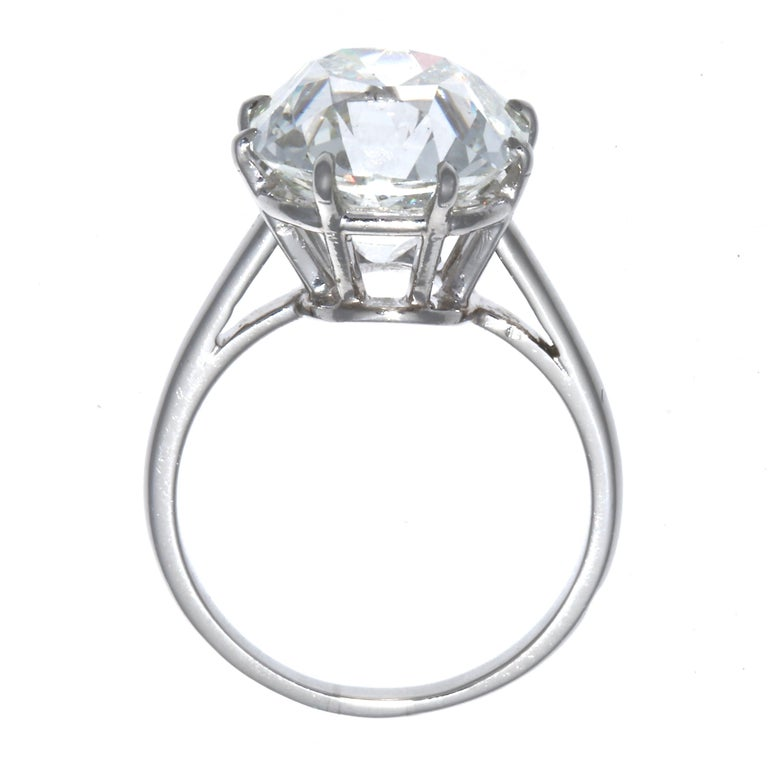 French Art Deco GIA Certified 6.33 Carat Old Mine Cut Diamond Platinum Ring For Sale 2