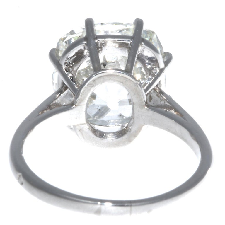 French Art Deco GIA Certified 6.33 Carat Old Mine Cut Diamond Platinum Ring For Sale 3