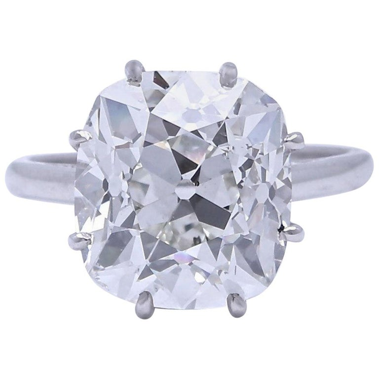 French Art Deco GIA Certified 6.33 Carat Old Mine Cut Diamond Platinum Ring For Sale