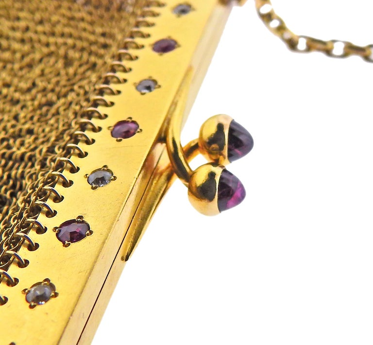 French Art Deco Gold Ruby Diamond Mesh Purse In Excellent Condition For Sale In New York, NY