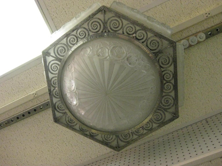 French Art Deco Hexagonal Hammered Iron and Art Glass Flush Mount by Degue For Sale 1