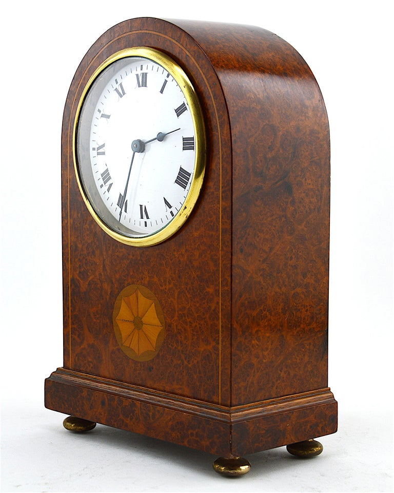 Early 20th Century French Art Deco Inlaid Amboyna Veneered Table Clock, 1920s, Sue & Mare