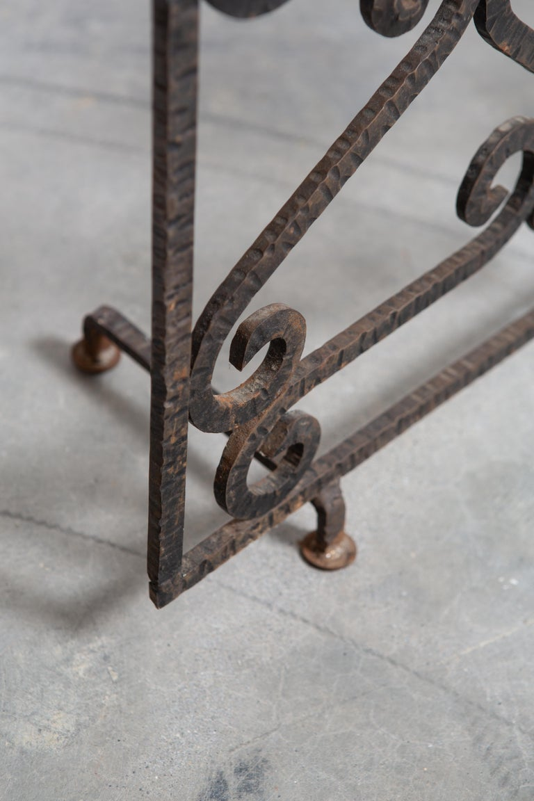 Mid-20th Century French Art Deco Iron Fireplace Screen For Sale
