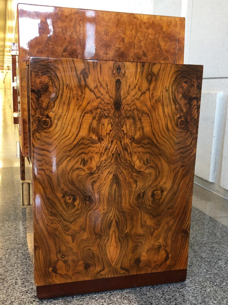 French Art Deco Lacquered Burl Sideboard Cabinet For Sale 13