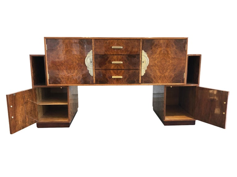 French Art Deco Lacquered Burl Sideboard Cabinet In Good Condition For Sale In New York, NY
