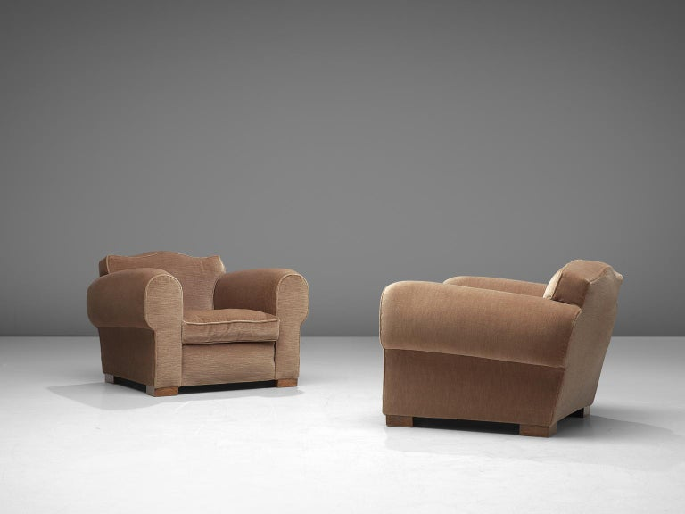 French Art Deco Lounge Set in Taupe Velvet For Sale 1